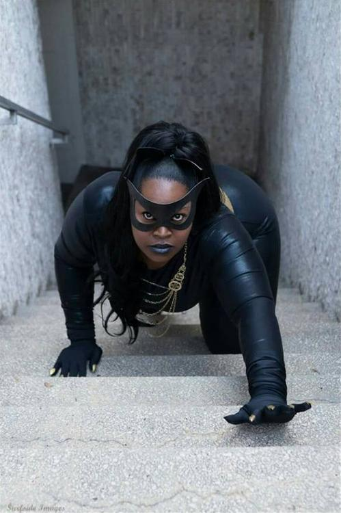 Catwoman (Eartha Kitt) - Batman - Silhouettescosplay - photo 5