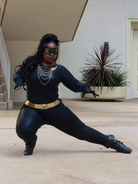 Catwoman (Eartha Kitt) - Batman - Silhouettescosplay - photo 6