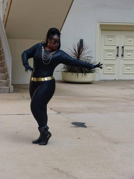 Catwoman (Eartha Kitt) - Batman - Silhouettescosplay - photo 8