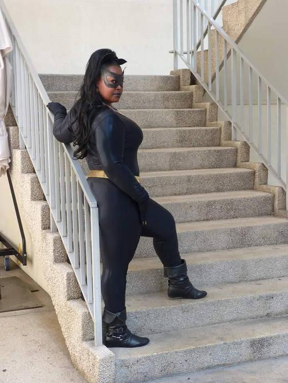 Catwoman (Eartha Kitt) - Batman - Silhouettescosplay - photo 9