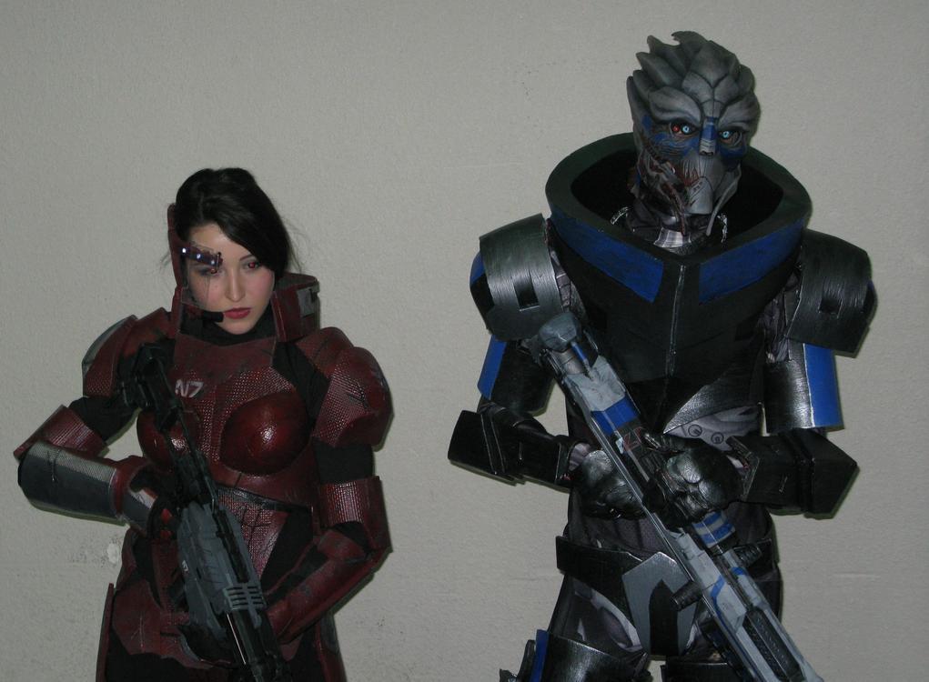 Shepard et Garrus (Mass Effect) - Socracboum Cosplay et Vakarian Cosplay - Japan Touch Haru 2015 - photo 0