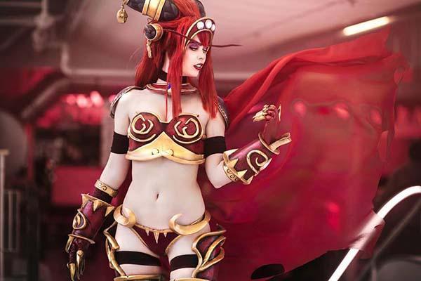 Queen Alexstrasza - World of Warcraft - Tine Marie Riis - photo 0