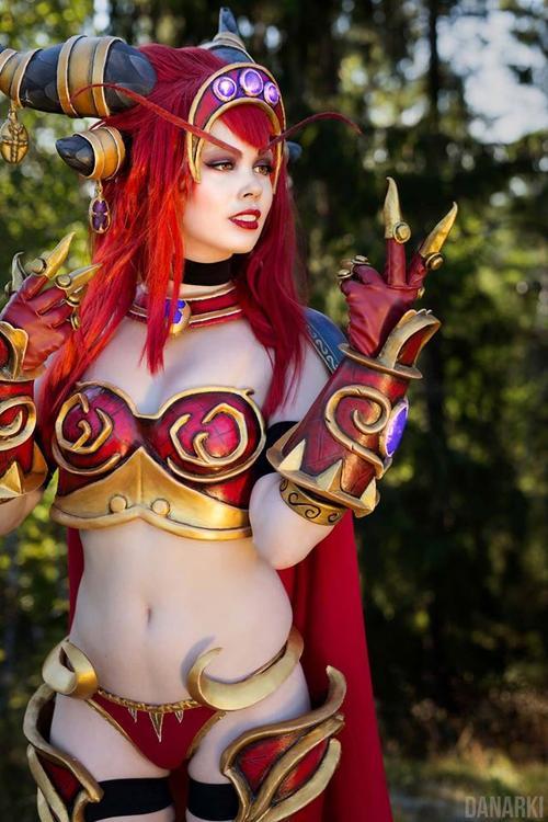 Queen Alexstrasza - World of Warcraft - Tine Marie Riis - photo 10